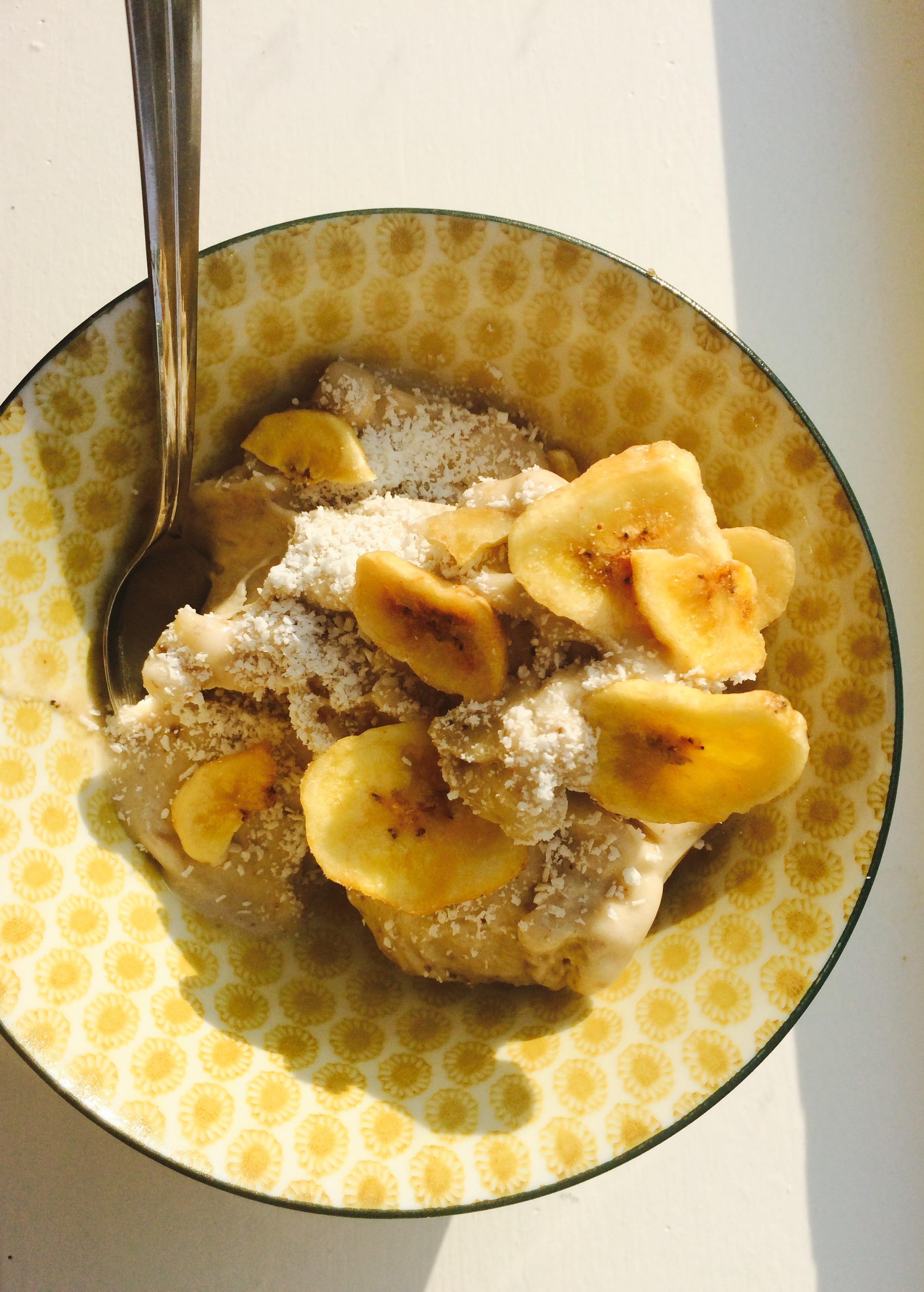 Goddelijk vegan bananenijs
