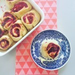 Cinnamonbuns met cranberrycompote