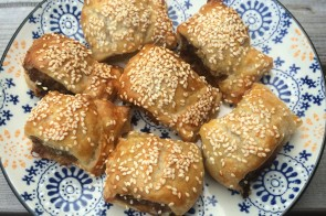 Mini-saucijzenbroodjes maken